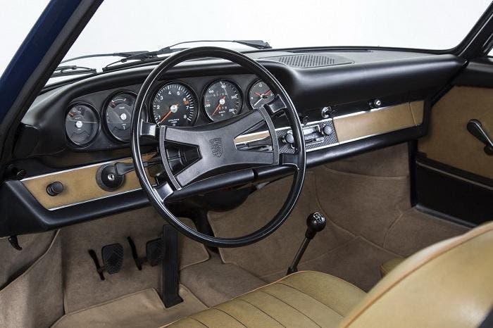 Interior de un 911 clásico