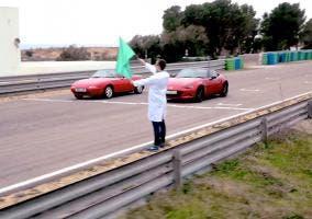 Batalla en circuito del nuevo Mazda MX-5 vs original