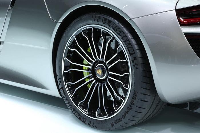 Frenos cerámicos de Porsche 918 Spyder