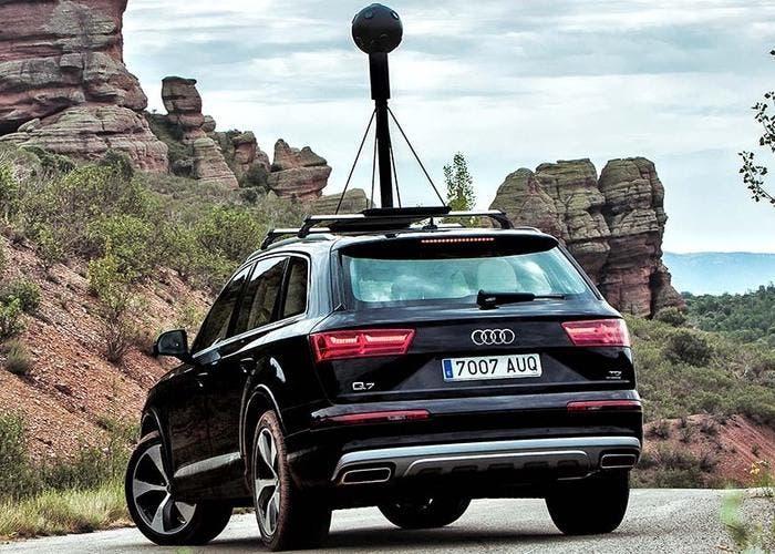 Audi Q7 Impossible Maps