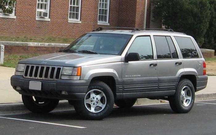 Jeep Grand Cherokee antiguo