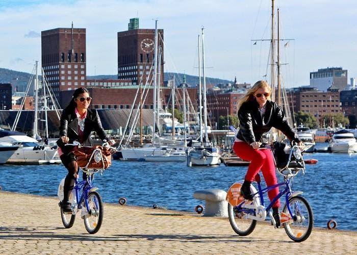 Ciclistas en Oslo