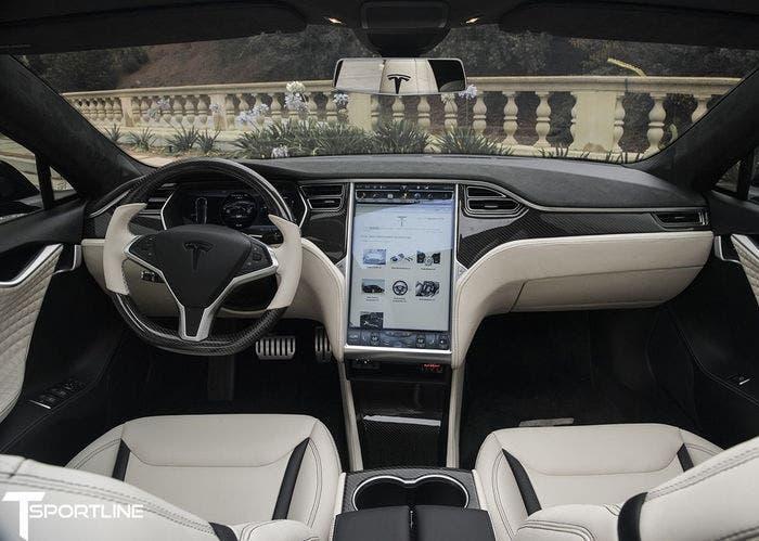 Tesla Model s T Sportline interior