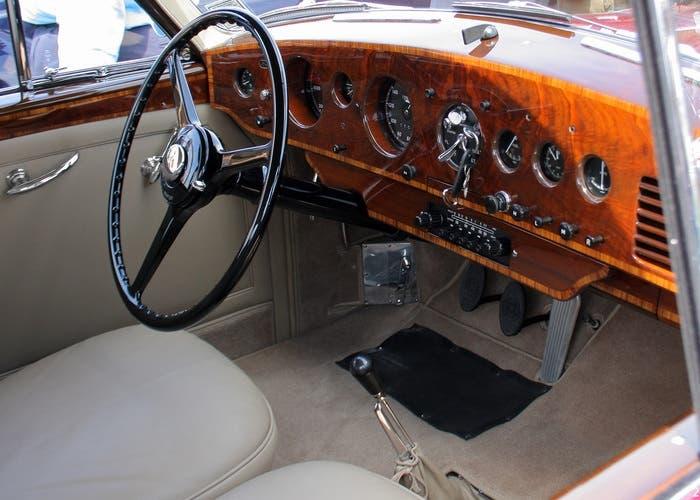 Bentley R-Type Continental INTERIOR