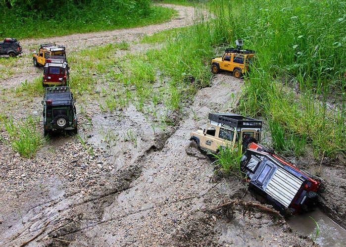 Estos Land Rover Defender Esconden Un Secreto Mira Como Superan
