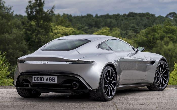 Aston Martin DB10 bck