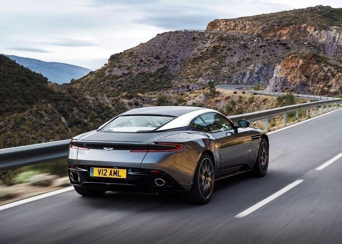 Aston Martin DB11, el nuevo modelo inglés ya está preparado para el Salón de Ginebra
