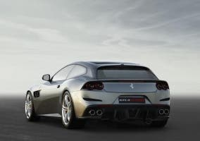 Ferrari GTC4Lusso 1