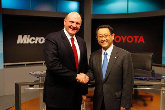 Toyota y Microsoft