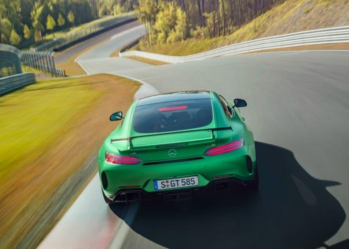 Trasera del nuevo Mercedes-AMG GT R