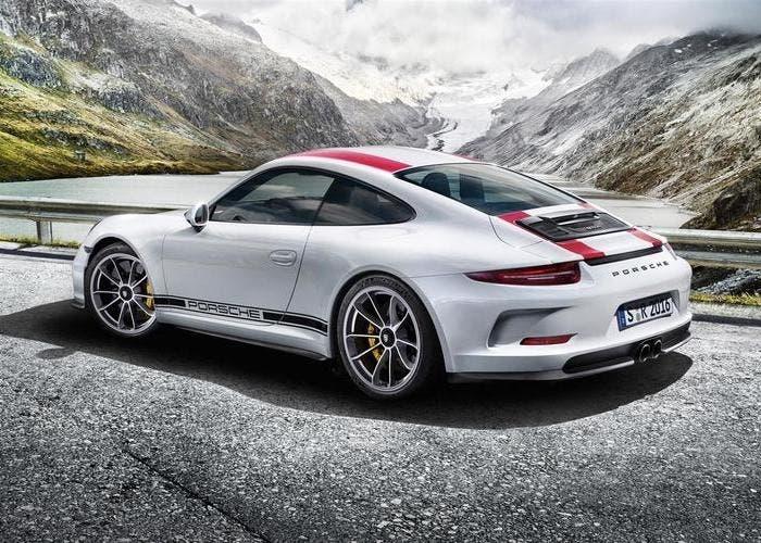 Porsche 911 R back