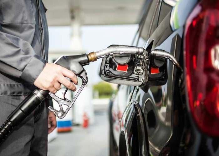 Estas son las gasolineras m s baratas para repostar estas for Gasolina barata tenerife