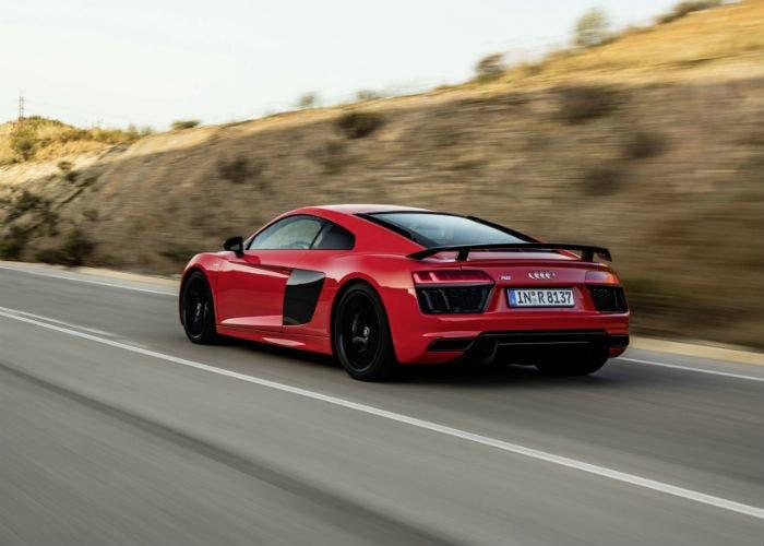 Audi-R8-trasera