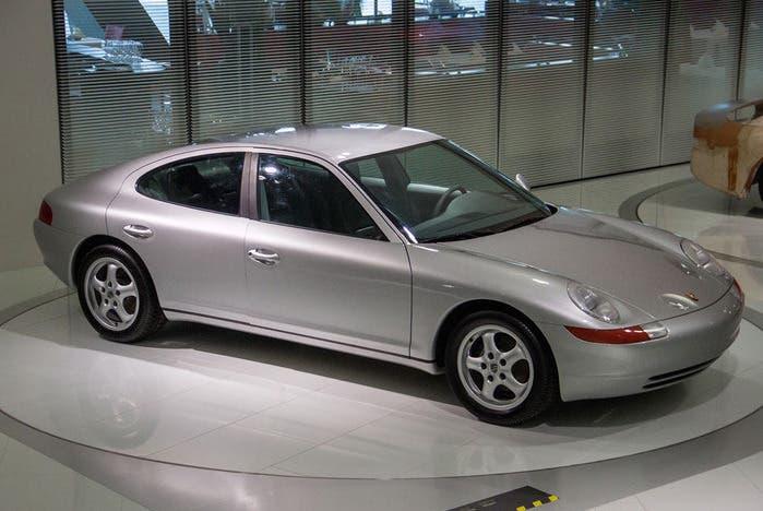 Porsche ya podría haber revolucionado las berlinas coupés hace 30 años con el 989