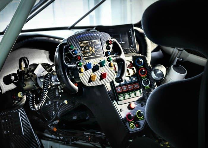 Interior del Porsche 911 RSR 2017