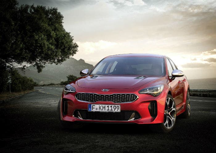 kia-stinger-frontal