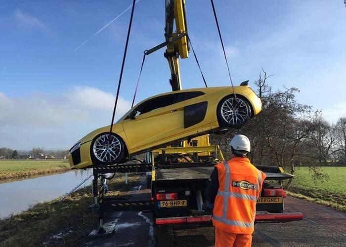 Ver por qué este Audi R8 V10 Plus terminó así es lo más triste que conocerás hoy