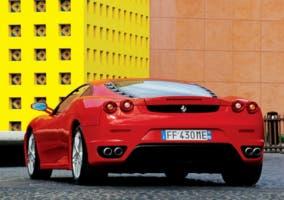 Ferrari-F430-trump