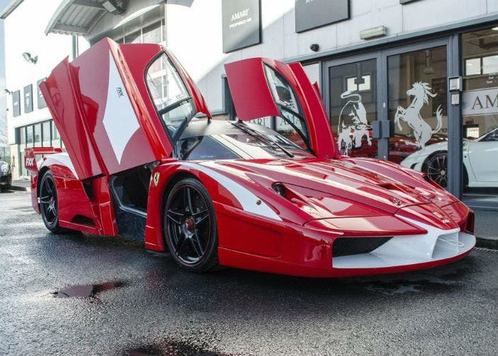 Ferrari-FXX-frontal
