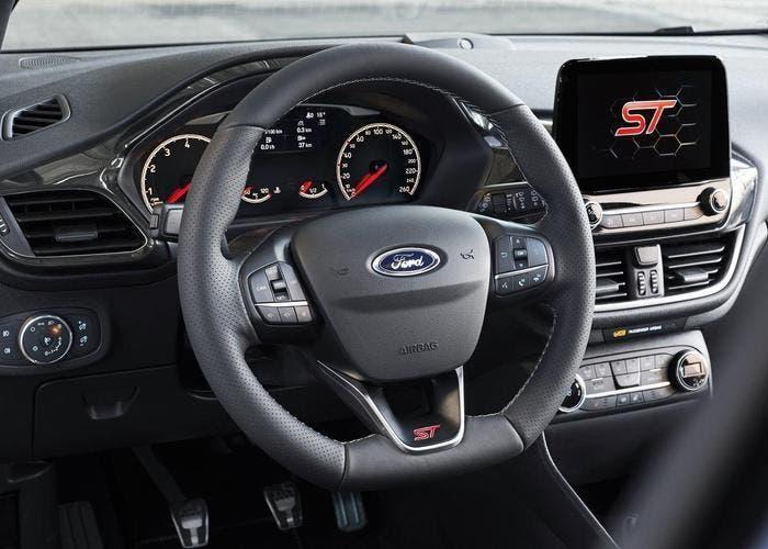 Ford Fiesta ST 2017 09