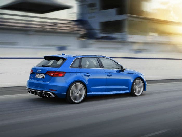 audi-rs3-movimiento