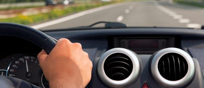Conduciendo coche