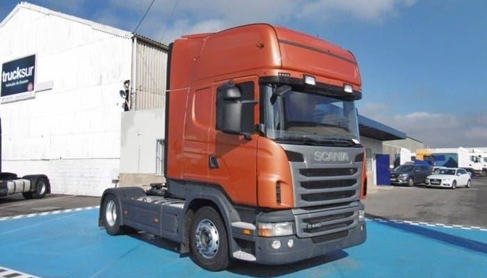 Cabeza tractora Covey Trucks