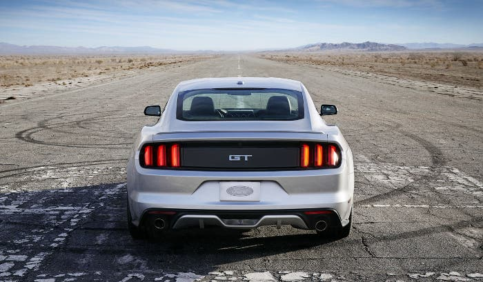Diseño trasero Ford Mustang